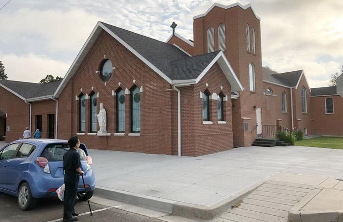 Quyên tiền truyền giáo giúp TGP Huế tại Gx St. Patrick, Holyoke, Colorado