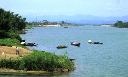 Trên Dòng Sông Thạch Hãn. JB Trần Hữu Thuần PX53